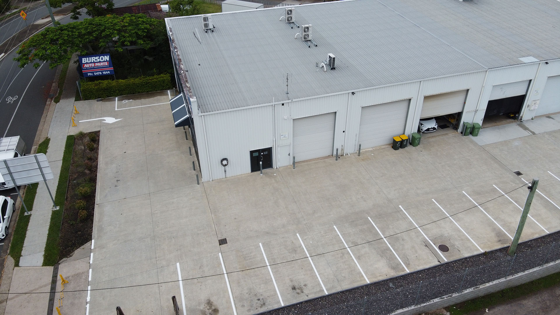 commercial pressure washing - roof from above